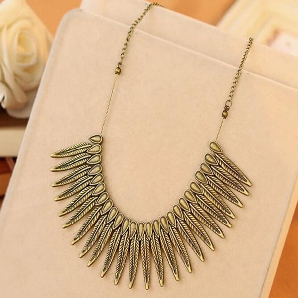 Heavy metal punk Feather personalized retro short chain necklace